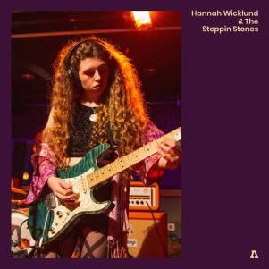 Hannah Wicklund Live